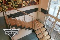 Kovové schodiště (4)