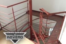 Kovové schodiště (7)