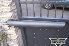 Kovová brána (13)