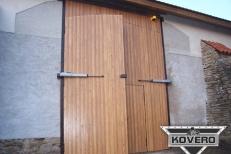 Kovová brána (6)