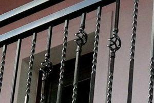 Balkónové zábradlí - detail ornamentu