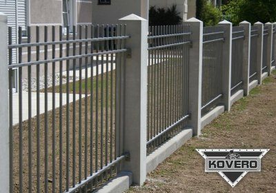Kovový plot 3
